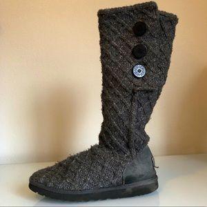 Ugg Australia cardy knit boots women's size 10.